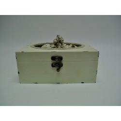 Pudełko z aniołkiem