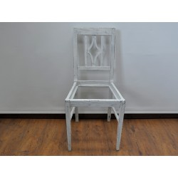 Krzesło shabby chic